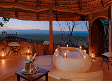 6 stunning outdoor bath tubs in Africa