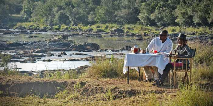 Hippo Pool Breakfast