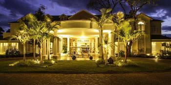 hemingways_nairobi