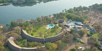 a'zambezi_river_lodge