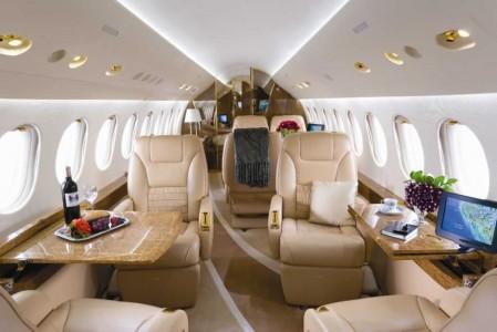 Luxury interior of Falcon 7x
