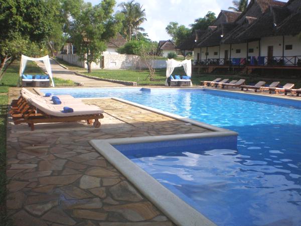 Karafuu Beach Resort swimming pool