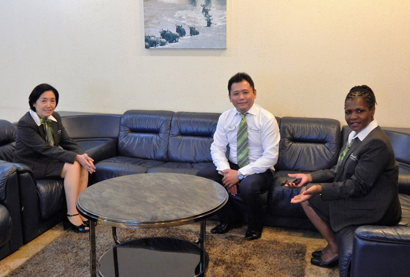Japanese and Mandarin speaking Somak staff