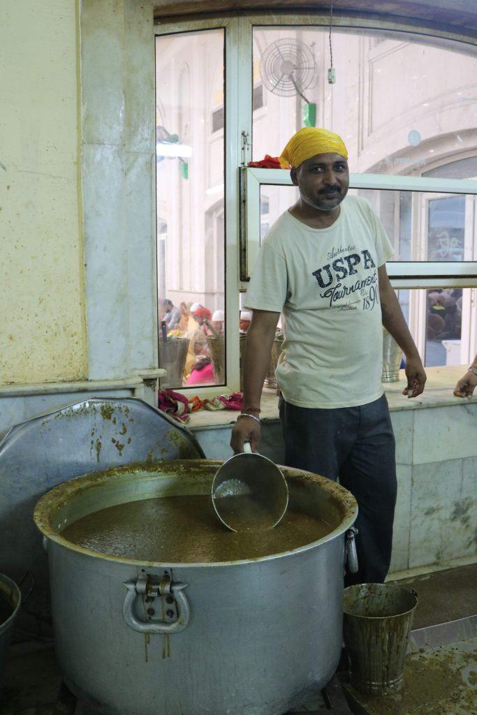 Cook at Bangla Sahib Gurudwara