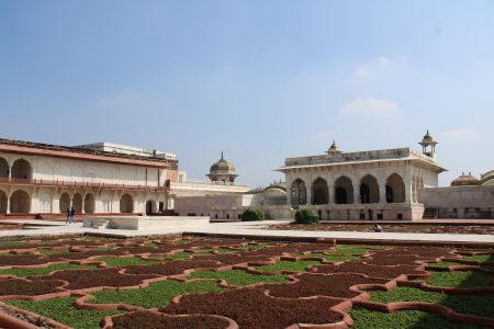 Agra Fort gorgeous gardens
