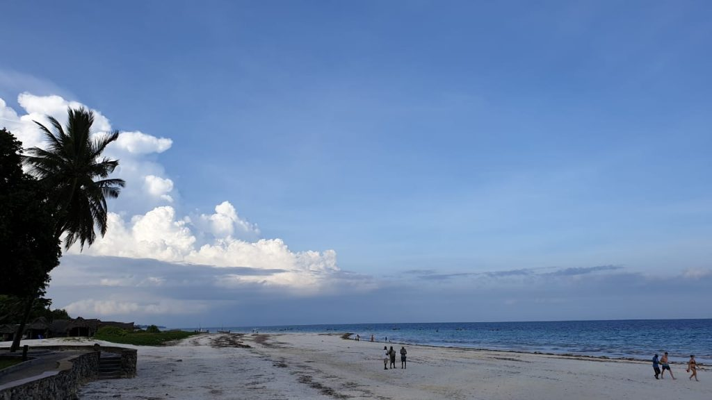 Stunning beach in Mombasa